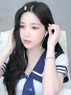 九秀美女直播手机官方版最新版